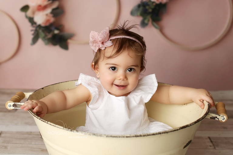 Reno Nevada photographer baby in a bucket