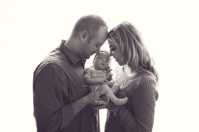 Reno Nevada newborn session with family portrait.