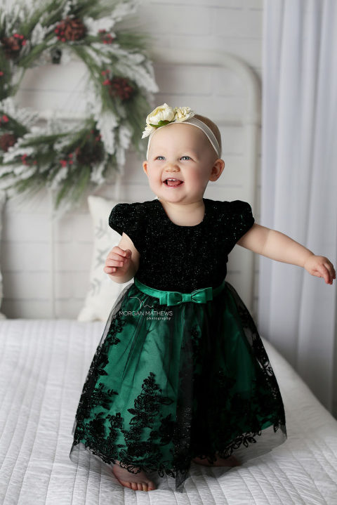 Reno Nevada Child pictures with child smiling